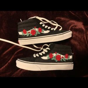 Vans Journeys Exclusive Style